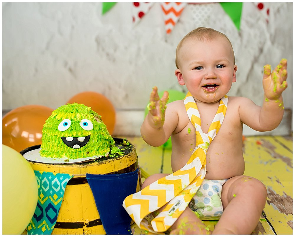 Celebrate Your Babys First Birthday With A Cake Smash Photo Session - Cake smash first birthday