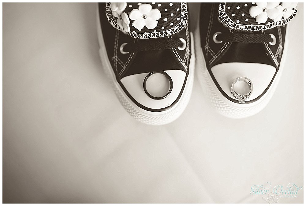 ©Silver Orchid Photography_wedding photography_CantandoBrooksideMacungie_silverorchidphotography.com_0003.jpg