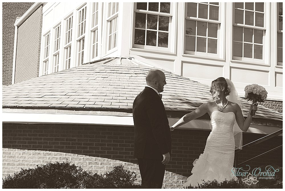 ©Silver Orchid Photography_wedding photography_CantandoBrooksideMacungie_silverorchidphotography.com_0008.jpg