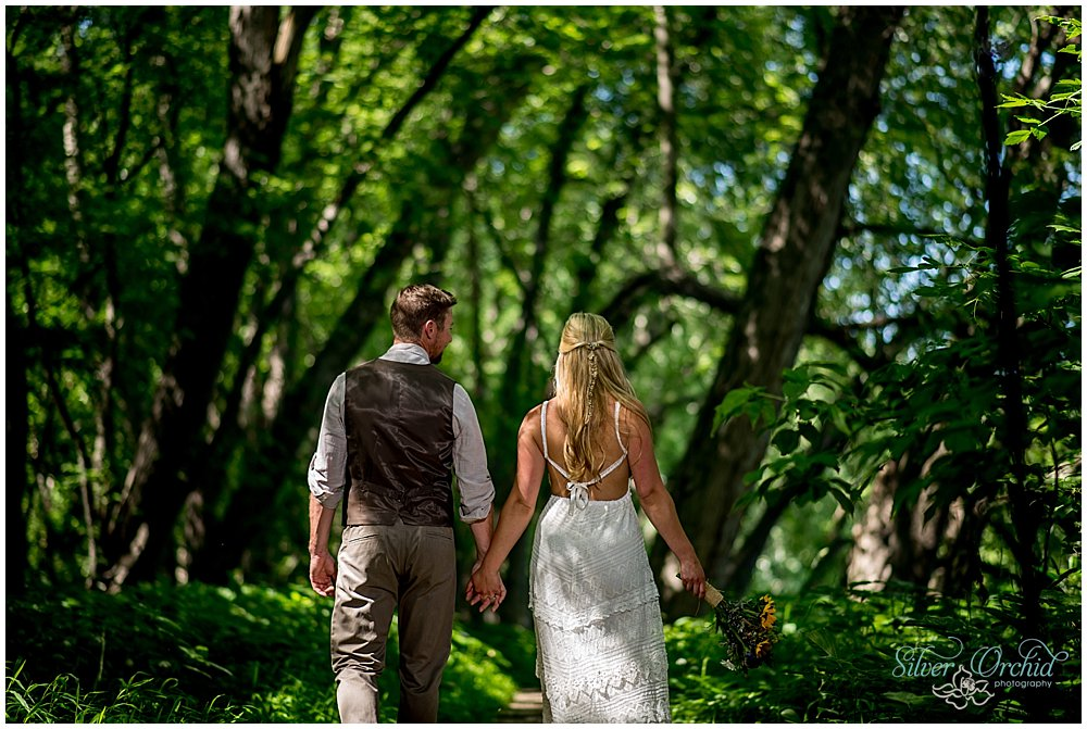 ©silverorchidphotography.com_wedding_vermont_intervale_burlington_0024.jpg
