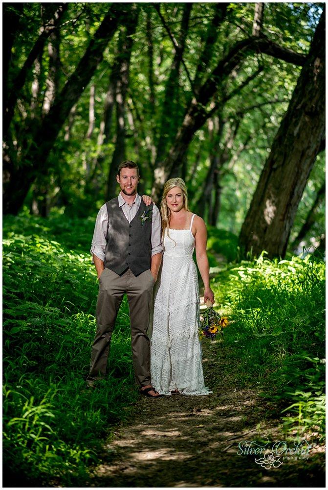 ©silverorchidphotography.com_wedding_vermont_intervale_burlington_0026.jpg