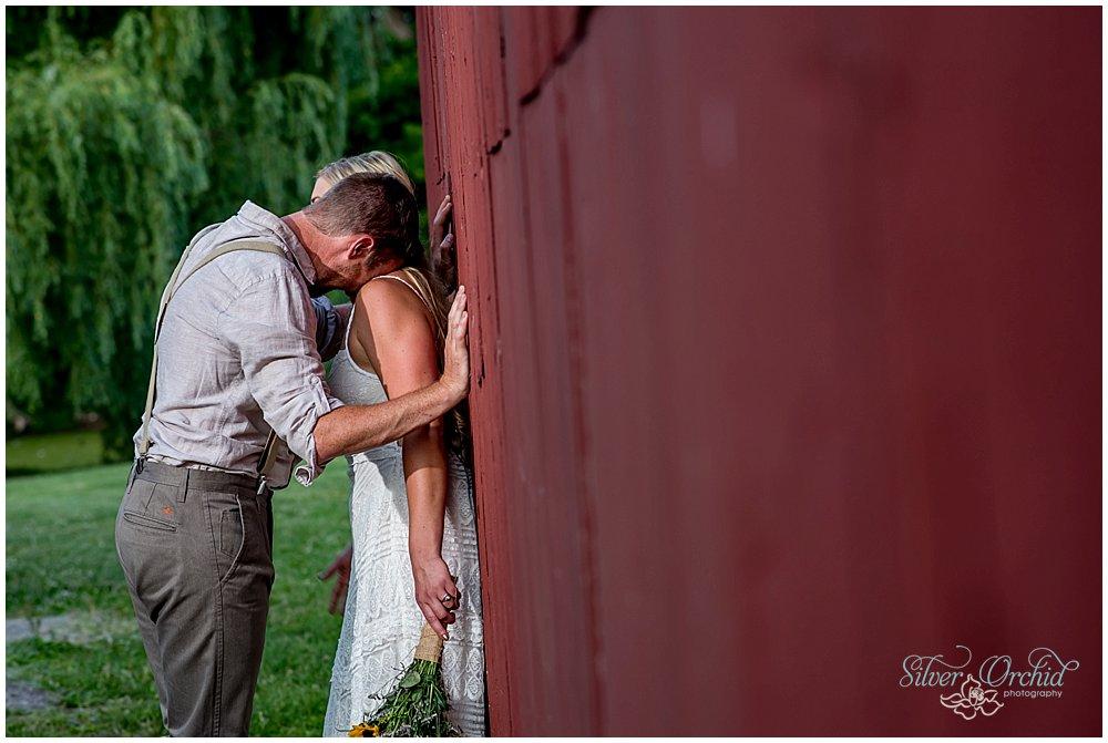 ©silverorchidphotography.com_wedding_vermont_intervale_burlington_0059.jpg