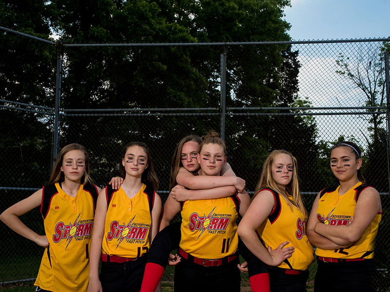 Girls softball team image by Southern Pennsylvania and Philadelphia sports photographer Tara Lynn of Silver Orchid Photography
