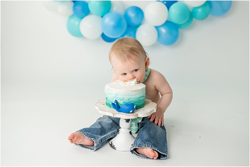 Silver Orchid Photography, Silver Orchid Photography Portraits, Southeastern PA, PA, Family Sessions, Cake Smash, One Year Old, One Year Cake Smash, Birthday Session, Birthday Cake Smash, Newborn Session